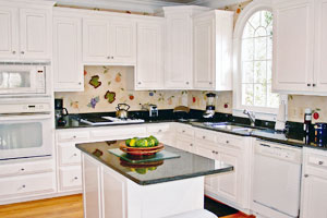 Kitchen Cabinets Toronto
