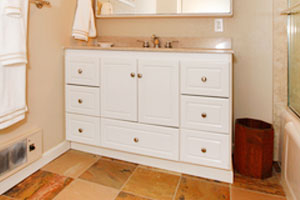 white-bathroom-cabinets-toronto